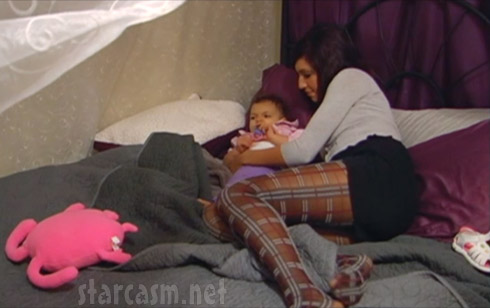 Teen Mom's Farrah Abraham shows off her legs in a pair of plaid tights