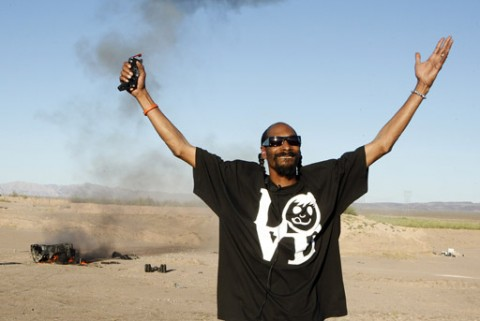 Snoop Dogg make a truck explode victory!
