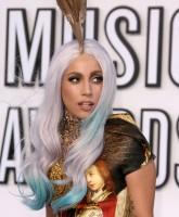 Lady Gaga at the 2010 VMAs 4