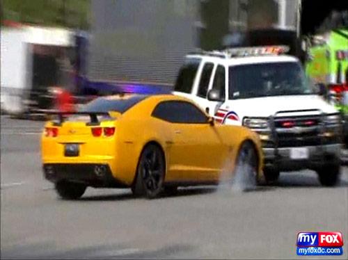 Bumblebee Camaro crashes into Washington DC police SUV
