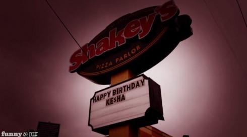 Shakey's_Pizza_Ke$ha_Sign