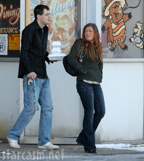 Teen Mom and boyfriend Clinton Yunker go out to lunch in Anderson, Indiana