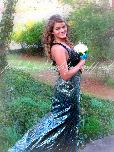 Kayla Jordan from 16 and Pregnant Season 2b in a formal gown