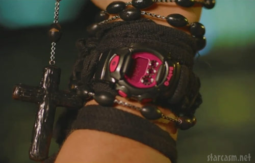Ke$ha pushes Baby-G watches in her We R Who We R music video