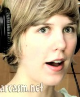 """Nataly Dawn of """"Pomplamoose"""""""