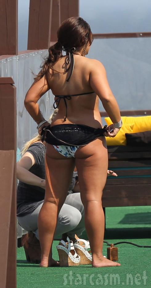 Jersey Shore's Deena Nicole Cortese shows off her junk in the trunk in a bikini