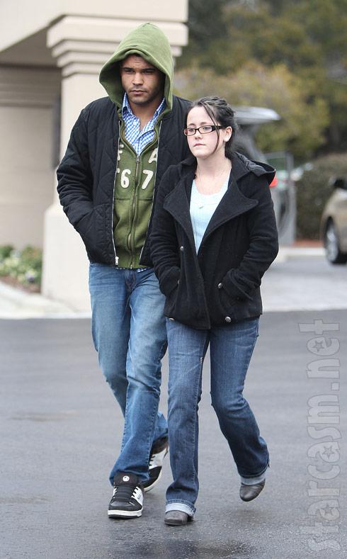 Teen Mom 2's Jenelle Evans and boyfriend Kieffer Delp arrive at court