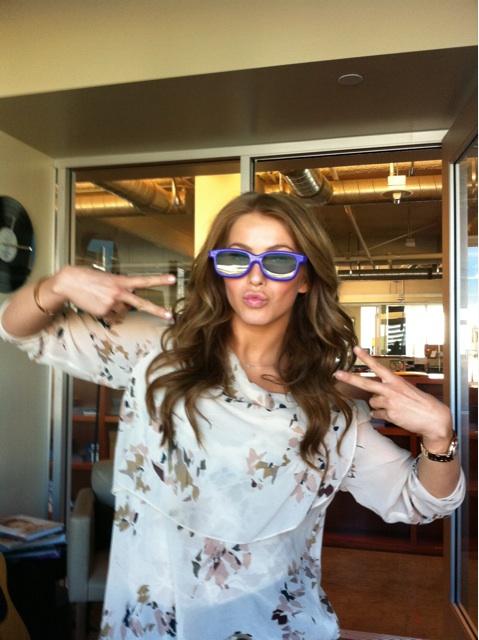 Julianne Hough wears Bieber shades