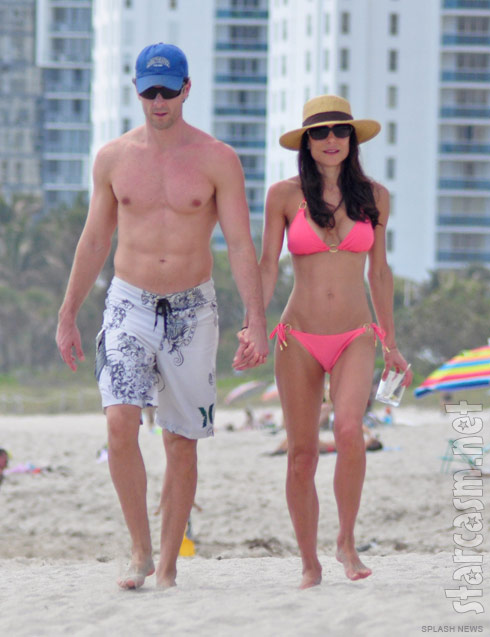 Bethenny Ever After sexy couple Bethenny Frankel and Jason Hoppy in Miami
