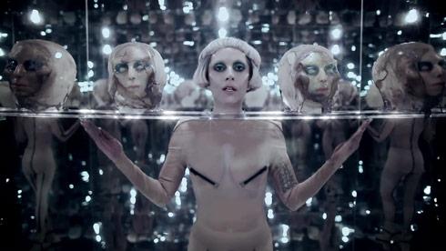 Lady Gaga Born This way video photo