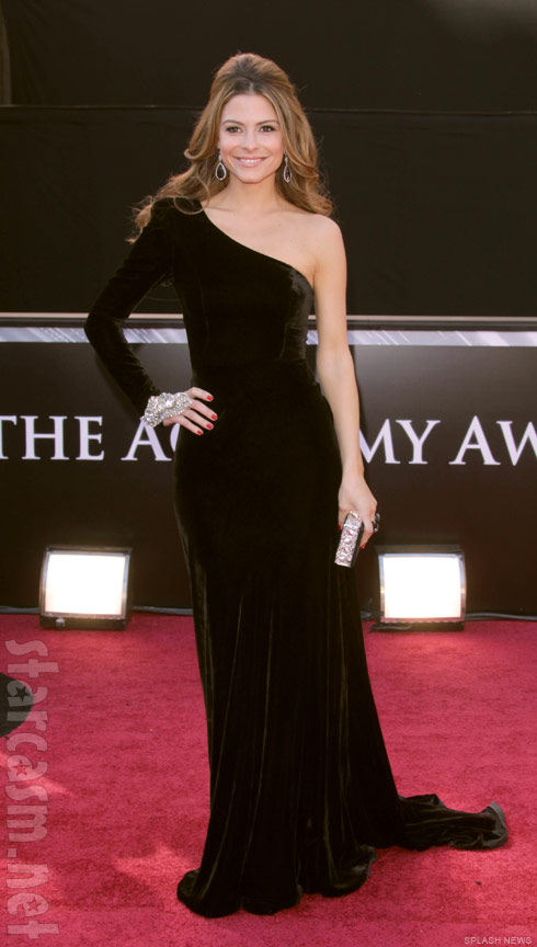 Maria Menounos on the red carpet at the 2011 OSCARS 83rd Academy Awards