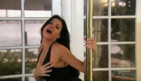 Miami Housewife Adriana De Moura pole dancing