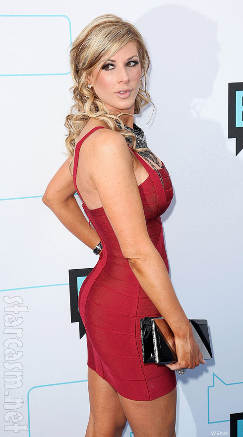 Alexis Bellino shows off her sexy backside