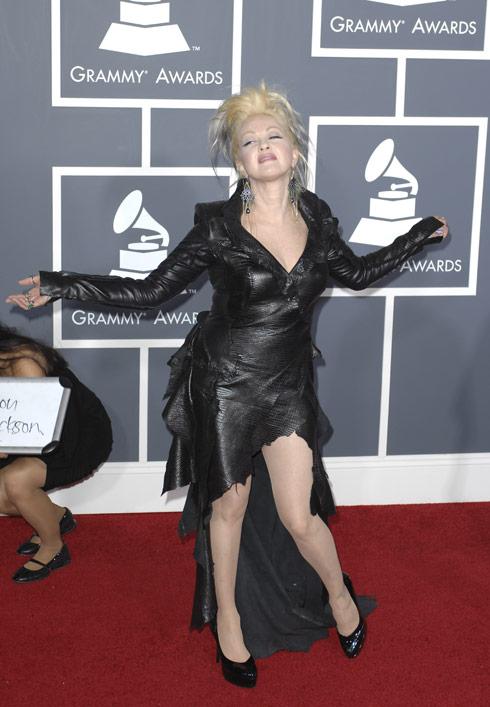 Cyndi Lauper red carpet