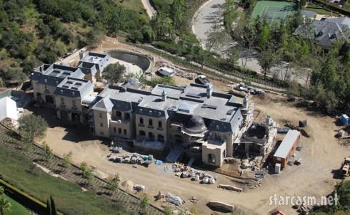 Aerial view of Gisele Bundchen's home under construction