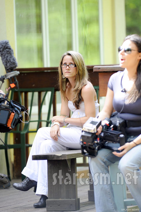 MTV captures Teen Mom 2 star Jenelle Evans' trip to a Buddhist monastery