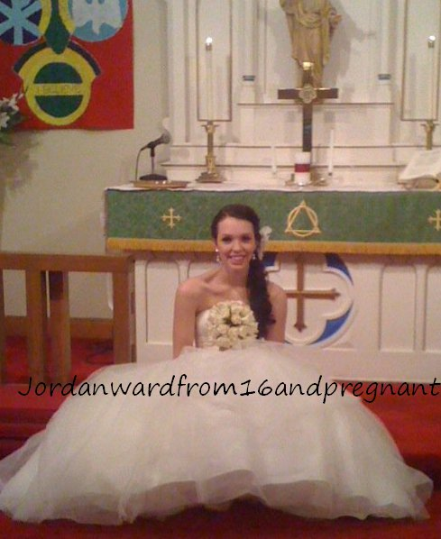 16 and Pregnant's Jordan Ward in her wedding gown