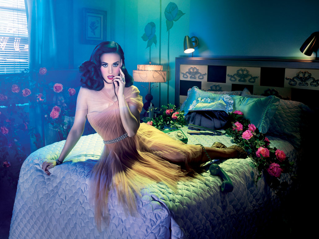 Katy Perry's ode to the '50s Hollywood glamor portraits