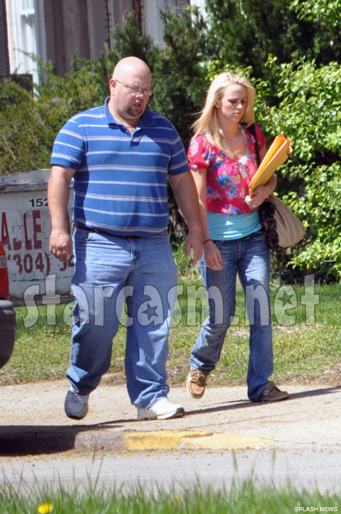 Leah Messer Simms and her step-father see a family law attorney