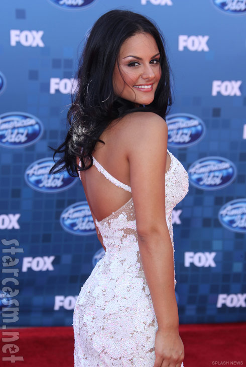 Pia Toscano resembles Mila Kunis at the American Idol Season 10 finale