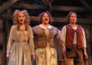 Olivia Ward as the Mother in Hansel and Gretel