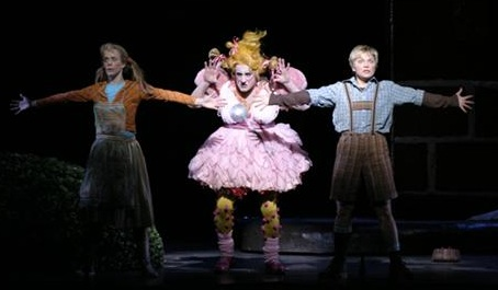 Olivia Ward as the Witch in Hansel and Gretel