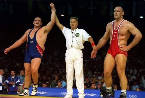Rulon Gardner wins the gold in 2000