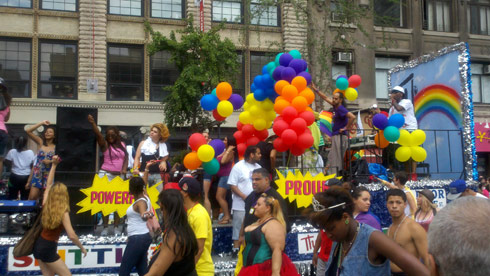 Teen Mom Farrah Abraham tweeted photo from gay pride parade in New York City