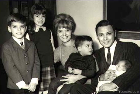 Florence Henderson, husband Ira Bernstein and their four children in 1965