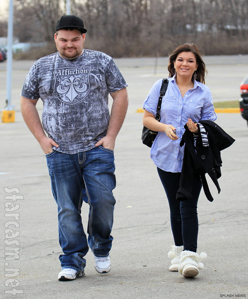 Gary Shirley and Teen Mom Amber Portwood walk happily together