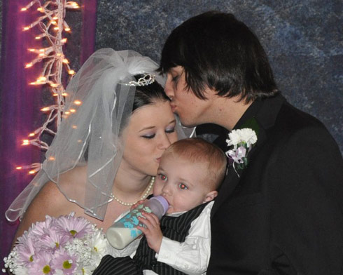 16 and Pregnant's Megan McConnell, husband Nathan and son Blake at their wedding