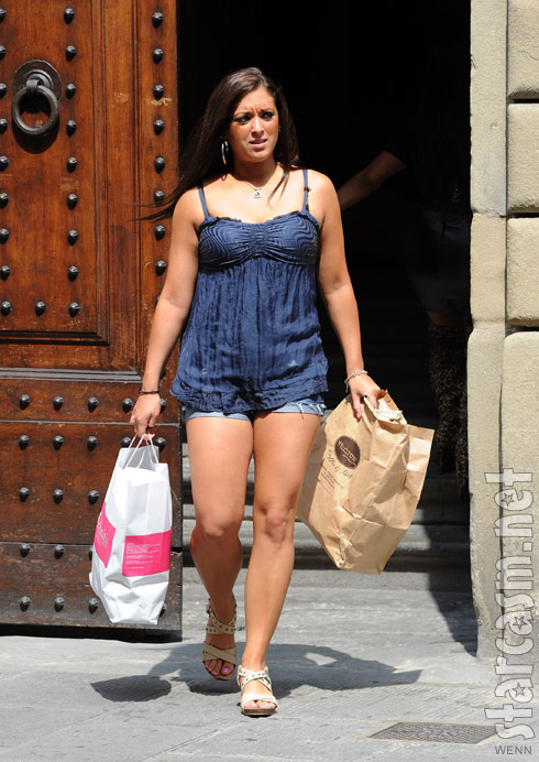 PHOTOS Jersey Shore cast packs up and leaves Florence Italy - starcasm.net
