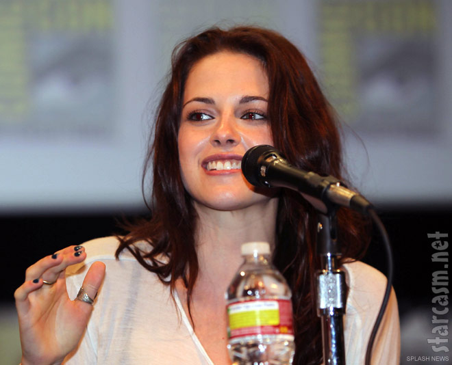 Kristen Stewart at the Twilight Breaking Dawn panel discussion at San Diego Comic-Con 2011