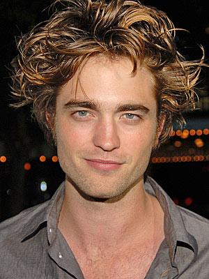 Photo Robert Pattinson Has A New Haircut Starcasm