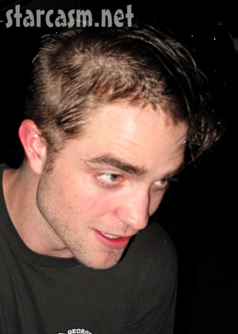 Photo Robert Pattinson Has A New Haircut Starcasm