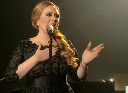 Adele performs Someone Like You at the 2011 MTV Video Music Awards