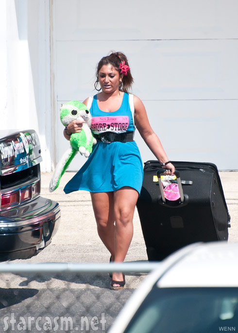 Deena Nicole Cortese leaves the Seaside Heights beach house at the conclusion of Season 5
