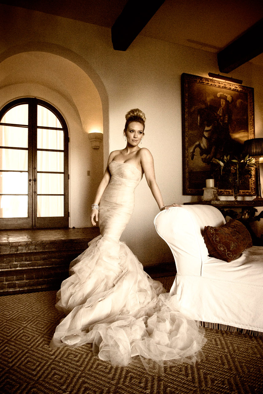 Picture of Hilary Duff's wedding gown