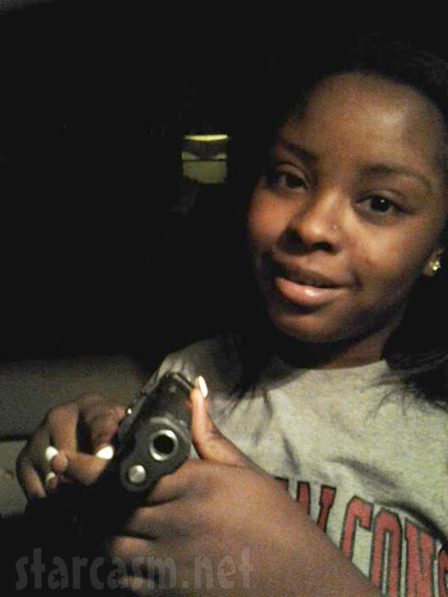 16 and Pregnant star Kianna Randall shows off a gun online two weeks before being arrested