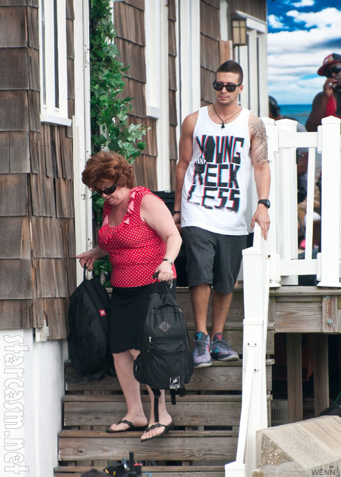 Jersey Shore's Vinny Guadagnino and his mother move out of Seaside Heights