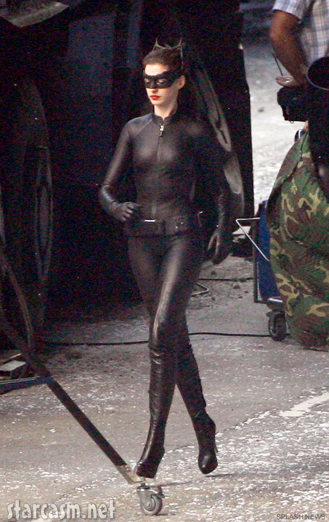 Anne Hathaway Catwoman catsuit full-length photo