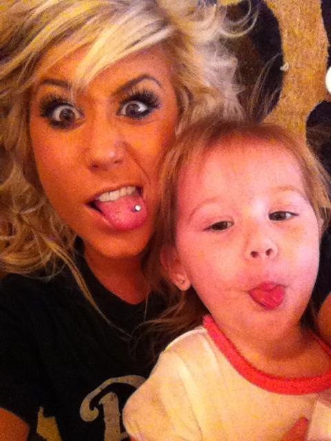 Teen Mom 2 star Chelsea Houska and daughter Aubree Skye having fun