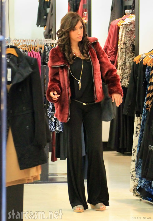 Teen Mom Farrah Abraham shopping for clothes in New York City