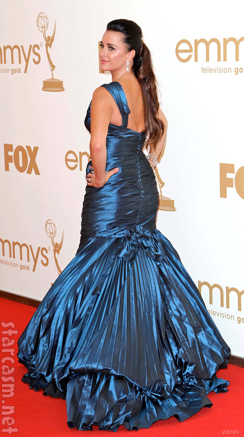 Kyle Richards shows off her backside on the red carpet at the 2011 EMMY Awards