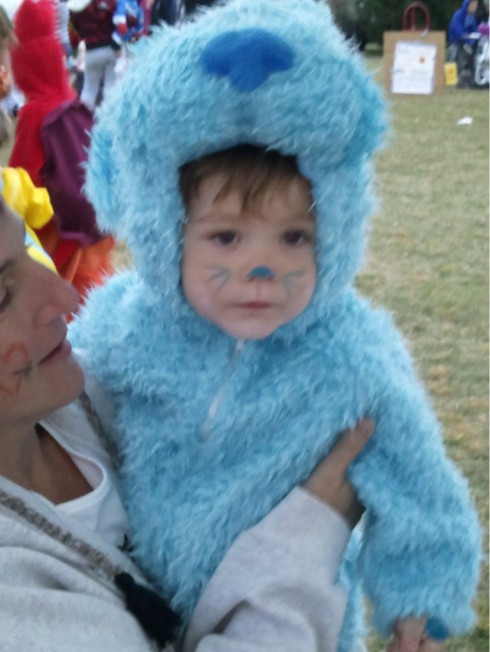 Teen Mom Jenelle Evans' son Jace in a Blues Clues Halloween costume