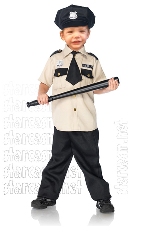 Jace from Teen Mom 2 wearing an adorable sheriff costume