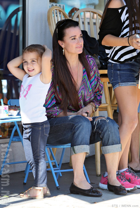 Real Housewives of Beverly Hills Kyle Richards and daughter Portia Umansky