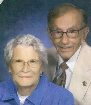 Norma and Gordon Yeager passed away together holding hands