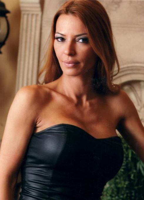 Mob Wives star Drita D'Avanzo puts Facebook haters on blast - starcasm.net