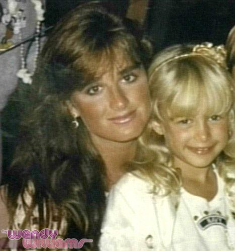 Photos Paris Hilton Parties With Aunt Kyle Richards At